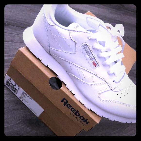 d50909dc607a0 Brand new Reebok sneakers